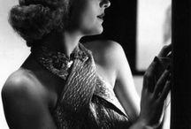 Carole Lombard / The blonde screwball