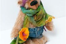 OOAK artist bear by Atelier Petit / Here is my newest bear, his name is KALLE WIRSCH.He's completely handmade. He also likes flowers as you can see on the pictures.   https://www.etsy.com/de/listi