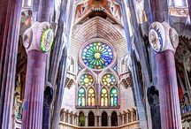 La Sagrada Familia / A place I want to visit in 2025.
