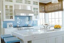 Kitchens / by Julie Vasher