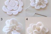 Plstené kvety na klopu z plste