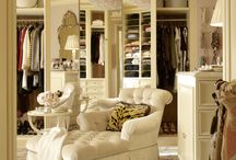 Dressing rooms / Lush dressing rooms from Monacelli Press interior design.