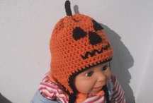 Crochet Hat Patterns / All my CROCHET HAT PATTERNS includes all sizes, from newborn all the way to adult, Beanie and Earflap Its a perfect scene to celebrate the Christmas season and for Christmas Photos Hat  Patterns includes lots of pictures for every stage to make it easy for even beginners.