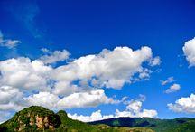 Lugares que debes visitar en Malinalco / Descubrir la magia y el encanto de un pueblo como Malinalco, es más que visitar un destino. Puedes adentrarte a su mística zona arqueológica, o visitar los monumentos coloniales como el Ex-Convento Agustino o alguna de las diez capillas que se encuentran dispersas en el municipio.