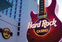 Gaming and Entertainment / Celebrity entertainers, gourmet dining, luxury accommodations and spas turn Mississippi's casino resorts into memorable, fun-filled destinations. / by Visit Mississippi