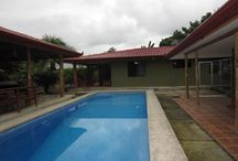 Country Home Near Manuel Antonio / http://www.dominicalrealty.com/property/?id=2133