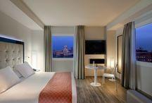Espacios Interiores-Indoors / Todo el equipamiento interior más novedoso y único para hoteles y establecimientos. Descubre cómo decorar desde la funcionalidad y el diseño