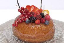 Nos spécialités / Our specialities / Les spécialités de la maison Stohrer pour les gourmets et les gourmands. Our really classic spiecialties from french pastry recipes.