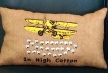 In High Cotton Burlap Pillow / In High Cotton