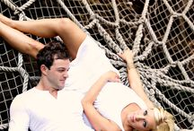 Couple Sessions / Posing and Clothing Inspiration for Photographing Couples.