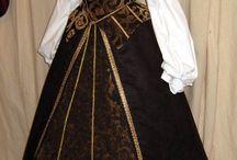 Φορέματα εποχήςΤ