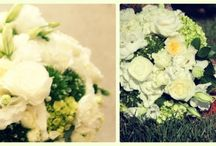 Wedding Flower Arrangments  / Having trouble deciding on a flower arrangement? We are here to help you one pin at a time.
