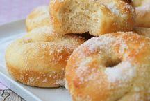 Doughnuts / Donuts / Doughnuts auch Donuts genannt gehen immer, besonders aber am ersten Freitag im Juni, dann ist nämlich #doughnutday