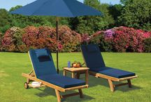 Premium Garden Sun Loungers - Enjoy summer! / These beautifully crafted garden sun loungers will bring an air of tranquillity to any outdoor space. Perfect to lounge on during hazy summer afternoons spent in the garden, these wooden sun loungers have been specified by grand designers and architects nationwide. View our full range of wooden deck chairs.