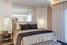 Quartos de Casal | Double Rooms / Veja muito mais fotos, dicas e informações técnicas de cada QUARTO DE CASAL no blog Decor Salteado! É só clicar nas imagens! ; - )