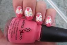 nails / by Cynthia Glz