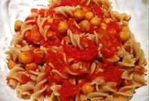 Chickpeas with Tomatoes & Pasta / Kitchen Wisdom Gluten Free Ceci with Tomatoes & Pasta http://kitchenwisdomglutenfree.com/2014/11/16/ceci-with-tomatoes-pasta-gluten-free-forget-what-you-know-about-wheatc-2014/