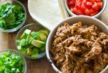 Slow Cooker Recipes / by Chrissy Tinker
