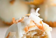 Dessert / by Catherine Steers