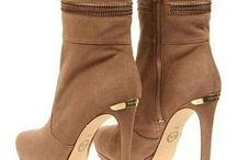 csizma-cipő