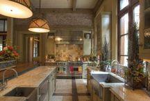 Kitchen Sinks / by Julie Farris Cherry