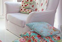 Girls bedroom/ nursery