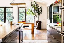 my amazing dream kitchen-caesarstone / A gorgeous combination of country style and modern. Light caesarstone with dark wooden cupboards.  A large open space with a social kitchen. Perfection