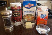 Food: Soups / by Jodi Morris Stevens