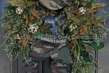 Wreaths / by Sylvia Strickland