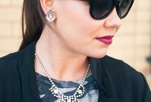 Statement Necklaces / How to wear and style statement necklaces including our favorite vintage pendants, tassel and classic chains and link styles.