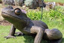 Will Carr Nature Sculptures / These figurative pieces of art created for outdoor garden spaces include; animals, birds, insects, beetles, seeds etc