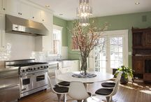 KITCHEN DESIGNS / Kitchen Designs browse the styles and accessories.