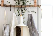 Möbel: Regal Klamotten