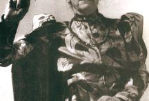 Pictures of Lucie van Dam van Isselt
