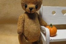 204 Teddy Bears / Teddy bears. Old and new. Sewn, crochet, knit. How to. Patterns. Mending.
