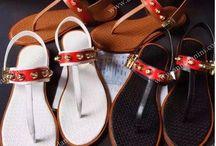 Обувь женская - сандали