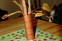 Fall Toilet Paper Roll Crafts / Fall themed toilet paper roll crafts for kids.