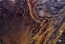 Földtudományi érték / Olyan földtani (pl. egy látványos kőzetfal) , felszínalaktani (pl. egy látványos sziklaforma), víztani (pl. egy forrás vagy egy tó) vagy talajtani objektum, amely szépségével, egyediségével, látványosságával az adott földrajzi tér üde színfoltja.