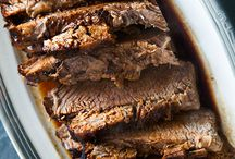 How to Cook Brisket / Nothing brings the BBQ praise more than an amazing beef brisket.