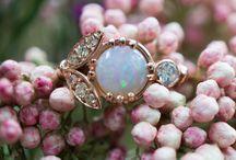 Vintage jewely