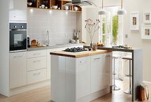 Contemporary White Gloss Kitchens / The very latest in contemporary design with a luxuriously smooth white gloss finish.