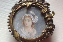 Nostalgia and beautiful Antique : nr 12 / Oude spulletjes en Antiek