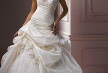 Wedding ideas / by Elizabeth Geer