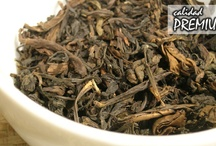 Oolong tea / by La Petite Planèthé (tea shop)