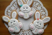 Easter Crafts and Recipes / Celebrate Easter with hand made crafts and make food recipes to make the family Easter dinner special.
