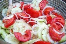 Salads / by Destiny Puchalski