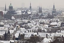 10 Things: Winter in Holland / You don't have to visit Holland only in the springtime to enjoy it. There is plenty to do in the winter too! Here are 10+ suggestions of things to do in winter in Holland. For even more ideas visit: http://bit.ly/1YliUSF