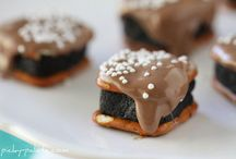 Food Lust: Desserts / Treats to try. / by Kate Davis