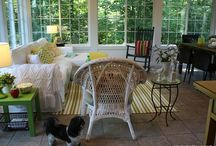 Spring Sunroom Inspiration / It's time to think about decorating for Spring! We're bringing together colors like yellow, with its fresh appeal and cheery, natural green. With their infinite variations, you can choose a look from gently whimsical to powerfully popping!