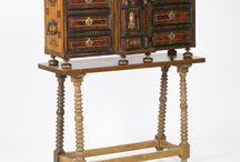Muebles de madera. Antiguos